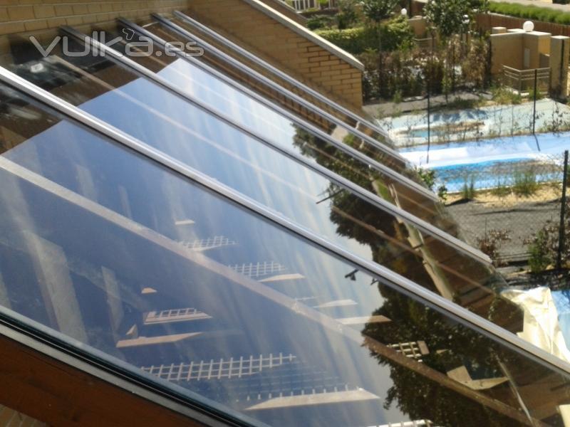 Foto cubierta sobre estructura de madera vidrio laminar 4 4 - Cubierta de cristal ...