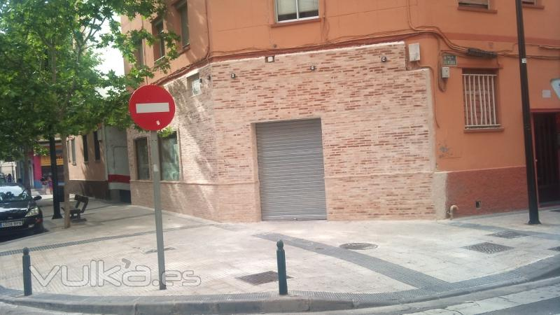 Foto fachada de ladrillo cara vista rustico - Fachadas ladrillo rustico ...