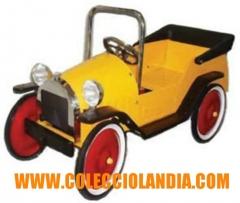 Colecciolandia.com ( coches de pedales ) tienda en madrid de coches de pedales de chapa