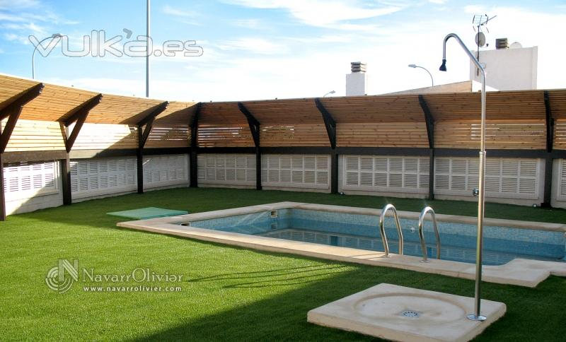 Foto mampara de cerramiento para piscina en madera - Madera tratada para exterior ...