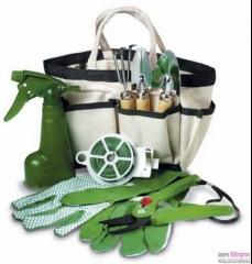 Set de herramientas y jardiner�a