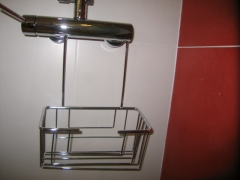 Jabonera para ba�o de colgar en grifo sin atornillar . comprar en www.macovi.es