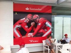 Hospitality Banco Santander en el Valencia Street Circuit. Vinilo impreso