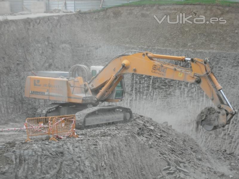 Construcciones y excavaciones urabayen sl for Saneamientos granada