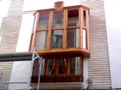 Mirador estilo antiguo en edificio rehabilitado