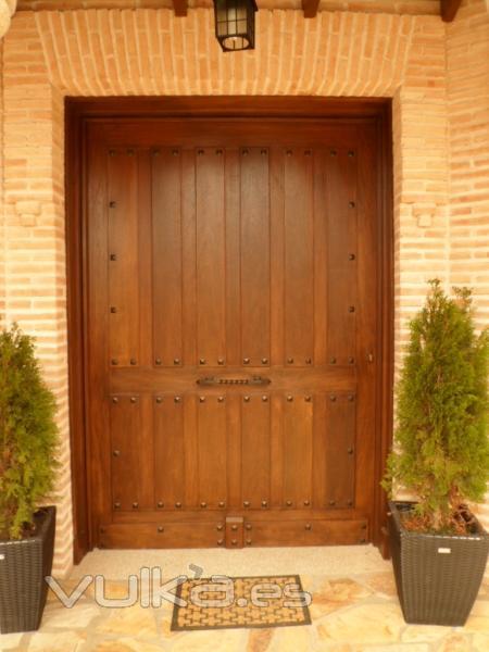 Foto puerta de entrada de corte y remate manual en una - Decoradores en toledo ...