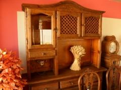 Mueble aparador rustico completamente artesanal.
