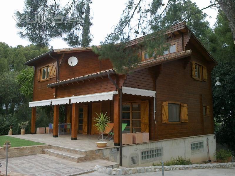 Casas de madera moreno c b - Casas de madera de una planta ...
