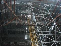 Instalacion de grandes estructuras metálicas.
