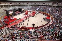 La vuelta ciclista a Espa�a, pantallas del escenario