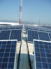 Instalaci�n solar sobre industria