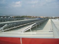 Instalacion energía solar sobre pabellon
