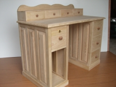 Secreter en madera de castaño