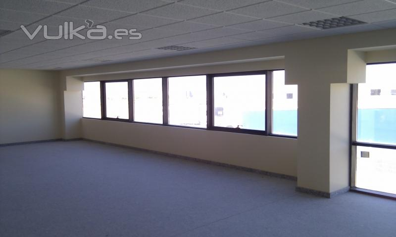 Aluminios acav for Cerramientos oficinas