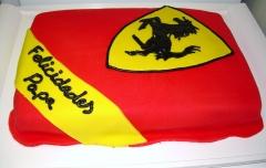 Tarta personalizada como el logo de ferrari elaborada por thecakeproject en madrid