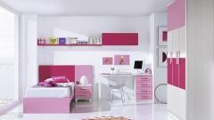 Dormitorio juvenil moderno combinado los muebles en color rosa