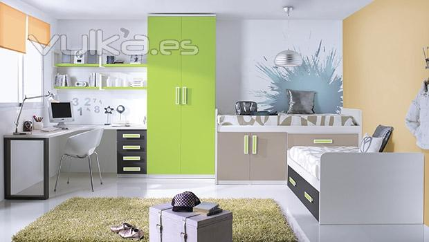 Foto amplia habitacion juvenil con vinilos decorativos - Vinilos decorativos habitacion ...