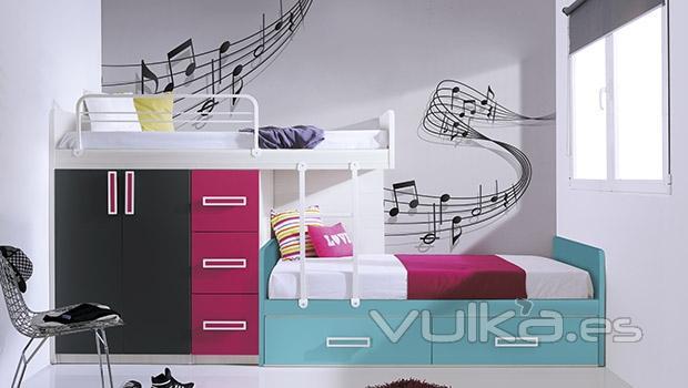 Foto dormitorio juvenil con vinilos decorativos for Vinilos decorativos habitacion juvenil