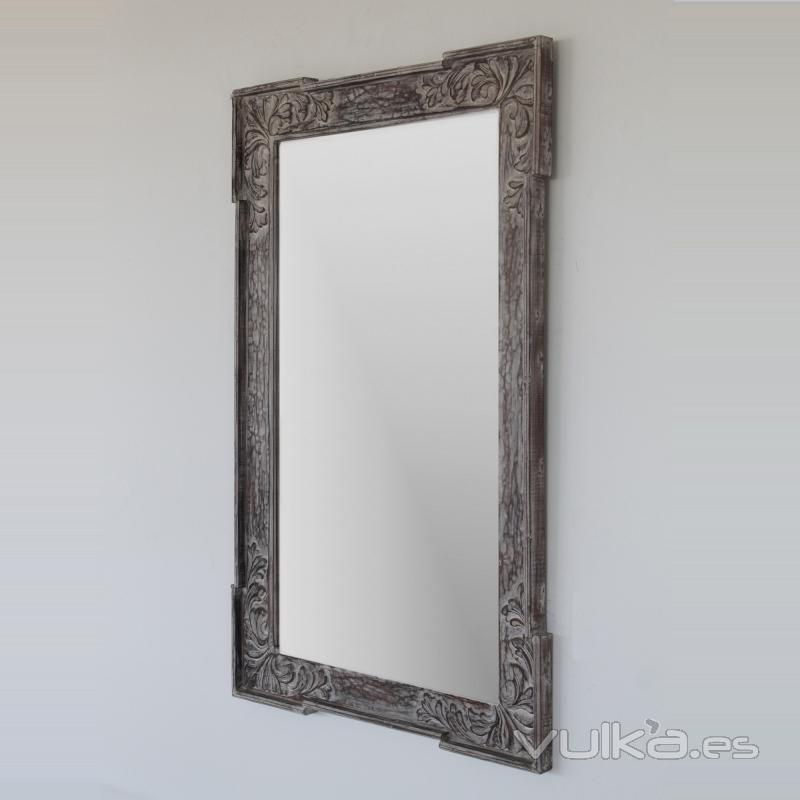 Foto espejo en gris decapado estilo rustico madera for Espejo envejecido precio