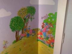 Dibujo realizado en habitaci�n infantil, fabula del zorro y el queso