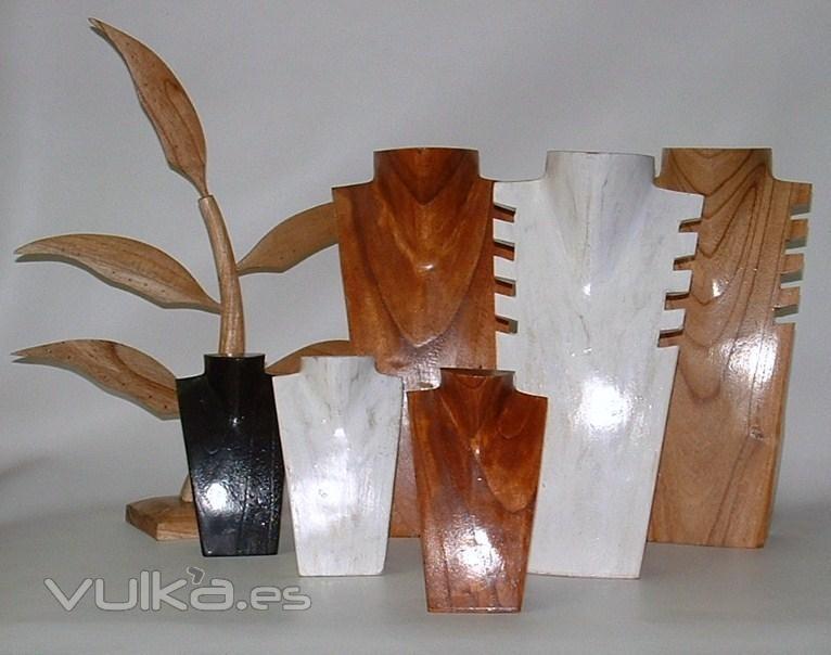 Foto expositores de joyeria y bisuter a en madera - Expositores para bisuteria ...