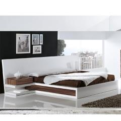 Dormitorio moderno lacado.