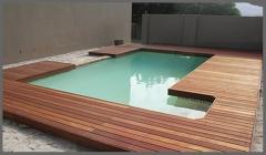 Piscina de acero con madera