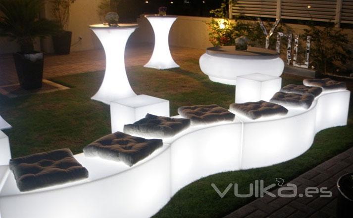 Muebles para bodas muebles de la boda del vintage for Palets reciclados iluminados