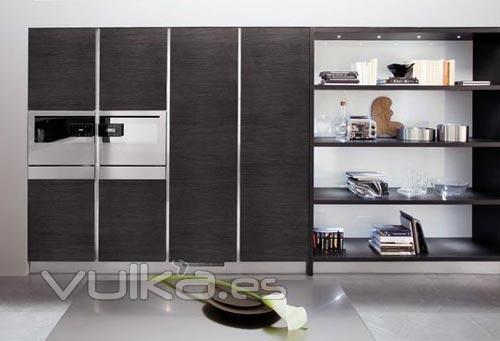 Foto puertas correderas cocinas venezia - Puertas mueble de cocina ...
