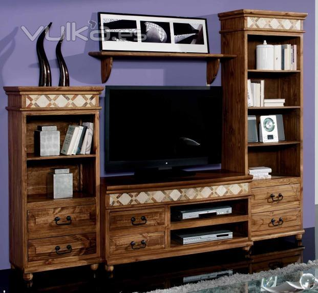 Foto mueble salon rustico for Muebles salon madera maciza