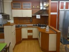 + cocina laminada + encimera laminada...1.500 EUR