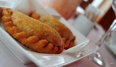 Comer en sevilla empanadas criollas