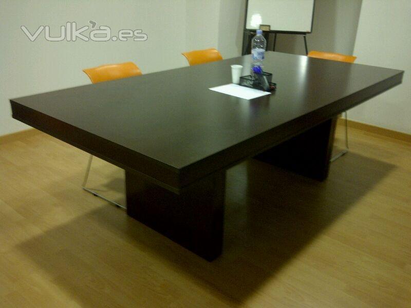 Vulka Muebles : Foto muebles a medida mesa de reuniones