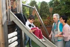 Allegra. Resid�ncia Tercera edat Sabadell:Ampli jard� per gaudir amb tota la familia