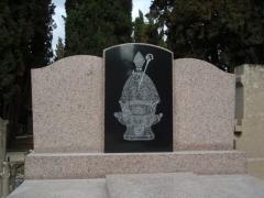 Panteón granito dibujo san fermin en pamplona
