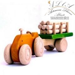 Tractor con remolques de madera