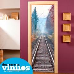 decora tu puerta de una forma totalmetne original con nuestros vinilos decorativos
