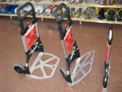 Carretillas port�tiles plegables para transporte peque�as mercanc�as.