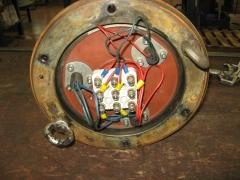 Placa de bornes de motor de bomba de aguas residuales.