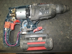 Reparaci�n de taladros de bater�a accu.