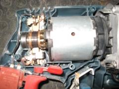 Vista del motor de una m�quina de taladrar. est�tor e inducido.