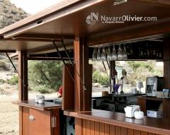 Detalle de chiringuito de madera de 20 m2 desmontable. navarrolivier.com