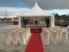 Montaje con jaima y alfombra para bodas civiles