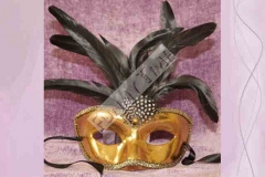 Mascara veneciana hecha en papel mach� para carnaval.