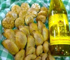 Moscatel con oropesinas y pastissets