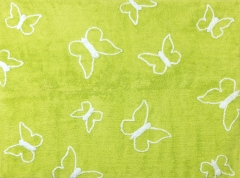Alfombra infantil mariposas pistacho. de algod�n y apta para lavadora.