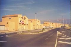 Construcci�n y direcci�n de 62 viviendas en San Isidro