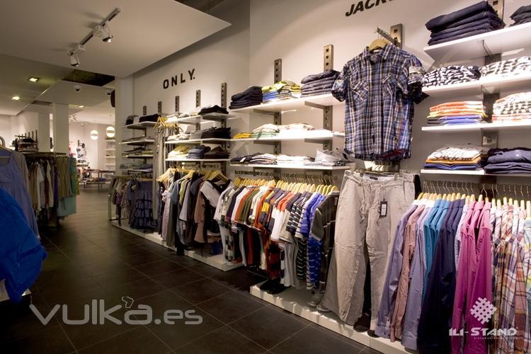Foto muebles para tiendas de ropa en alicante for Decoracion de negocios de ropa