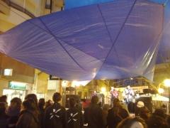 Concert i protecci� improvisade de pluja
