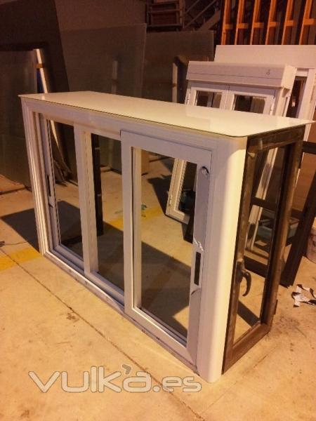 Cerrajeria cristaleria sersu - Armarios para garajes ...